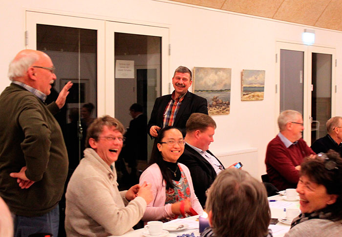 Forsamlingen diskuterede livligt den aktuelle politiske situation. Foto Johanne Rønn Olesen