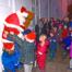 900-boern-og-voksne-hilste-julemanden-velkommen01