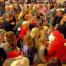 Julemanden havde nok at se til med de 125 forventningsfulde børn fra Felsted. Foto Kira Bonde Andersen