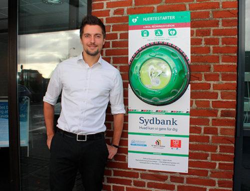 Sydbank sætter hjertestarter op