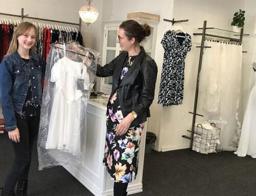 Laila Helt deltager i modeshow